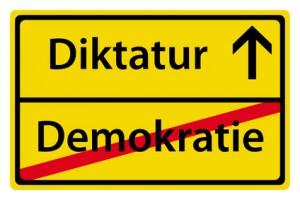 diktatur_TMichel_Fotolia-300x200